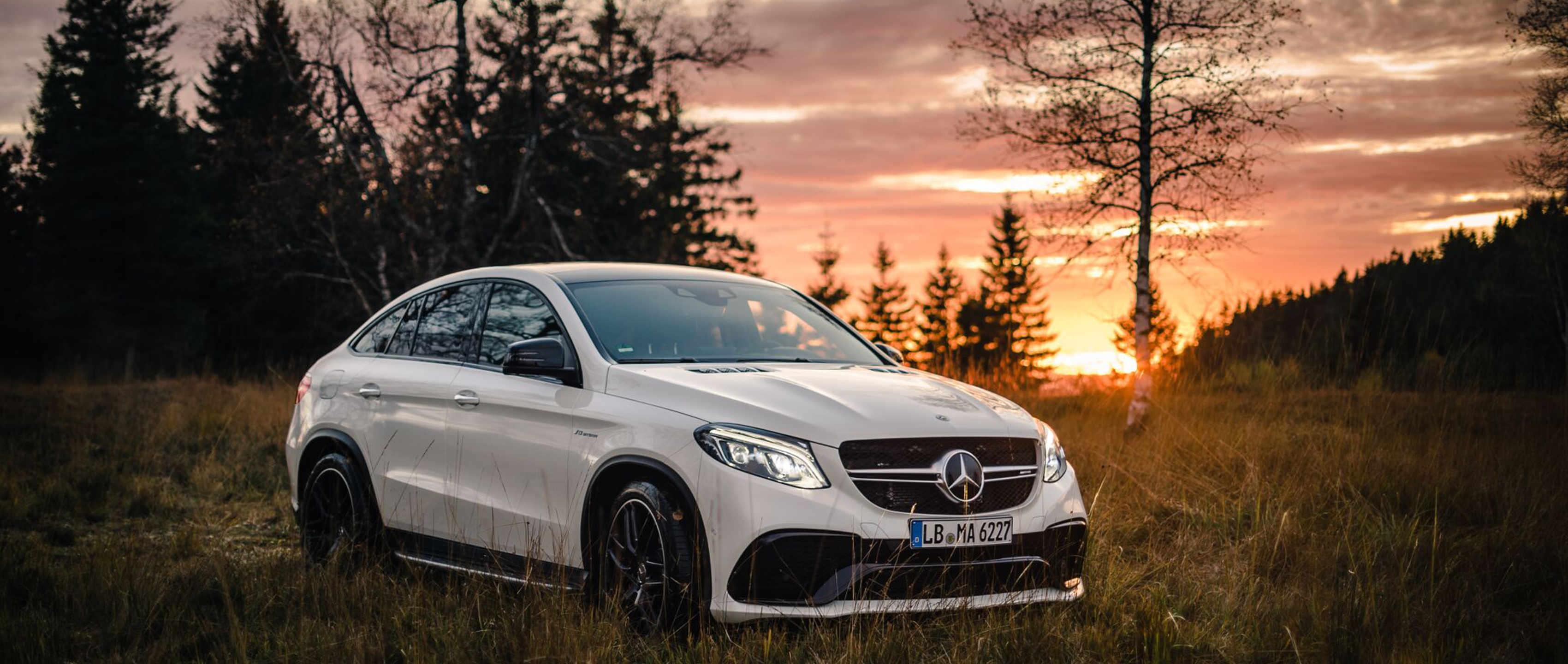 Mercedes voortuig invoeren vanuit Duitsland internationaal